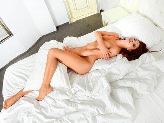 AleahLucky shows pussy